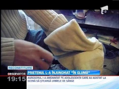 Un tanar de 20 de ani din Petrosani a fost injunghiat, de prietenul sau, in joaca! Apoi a fost aruncat in strada si abandonat