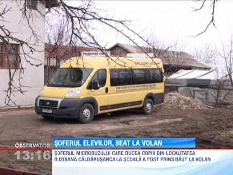 Soferul unui microbuz scolar, prins beat la volan chiar inainte sa imbarce elevii