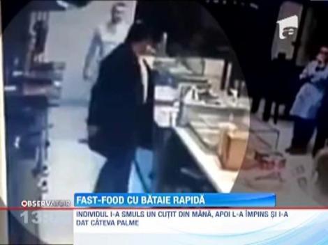 UPDATE! Un barbat s-a luat la bataie cu angajatii unui fast-food din Constanta! Agresorul nu a fost prins de politie