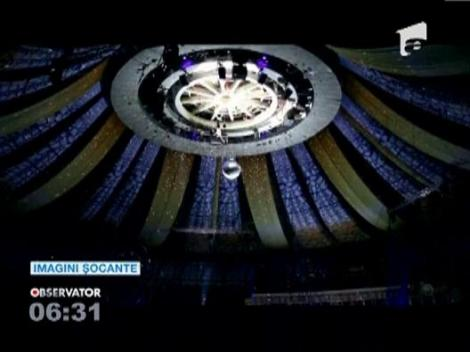 IMAGINI SOCANTE! / Accident dramatic sub cupola unui circ din Moscova