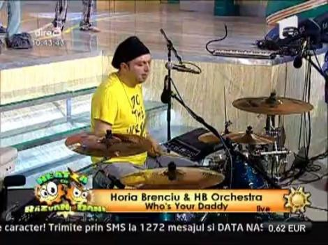 """LIVE: Horia Brenciu & HB Orchestra – """"Who's Your Daddy"""""""