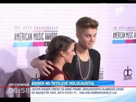 """Justin Bieber, aproape sigur ca eroii HOLOCAUSTULUI ar fi fost """"belieberi"""""""