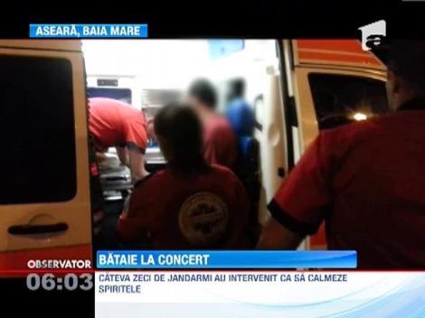 Cinci tineri au ajuns la spital, dupa ce s-au luat la bataie la un concert in Baia Mare