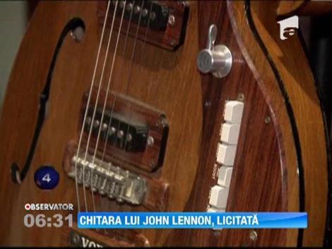 Chitara lui John Lennon a fost vanduta cu peste 400.000 de dolari
