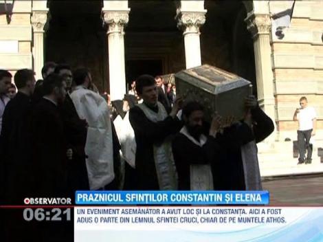 Crestinii ortodocsi ii praznuiesc astazi pe Sfintii Imparati Constantin si Elena