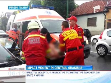 Grav accident rutier in Brasov! Soferul ajuns pe bancheta din spate