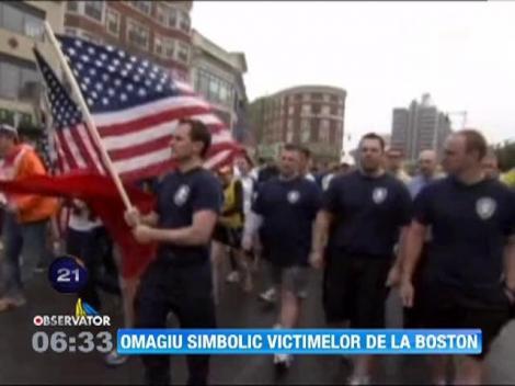 Omagiu simbolic pentru victimele de la Boston