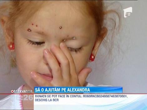 Sa o ajutam pe Alexandra! Copila sufera de o malformatie rara