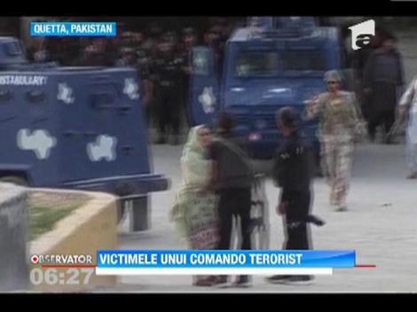 Pakistan: Un comando terorist a detonat un autobuz cu studente