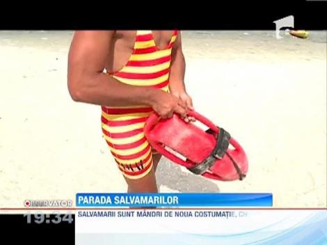 Noile costume de salvamar, propuse de Radu Mazare, au impanzit plajele