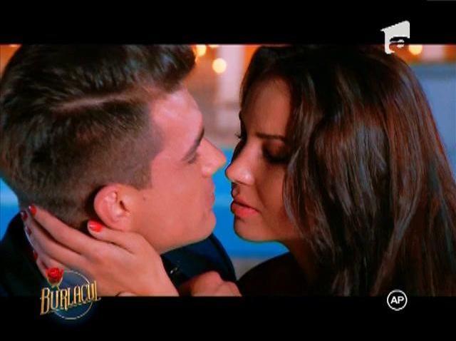 """Burlacul"", primul sarut cu Paula"