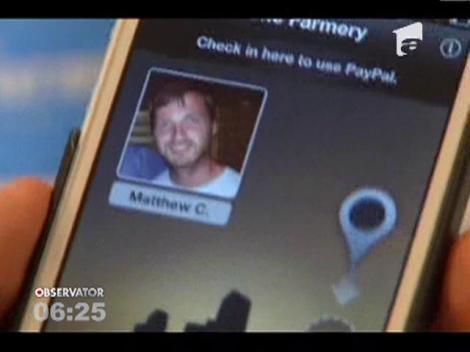 Uitati de carduri si de coduri PIN! Contul bancar ar putea fi accesat prin telefonul mobil, doar cu o poza