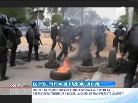 Zi sangeroasa in Egipt! Aproape 280 de oameni si-au pierdut viata in confruntarile violente din tara