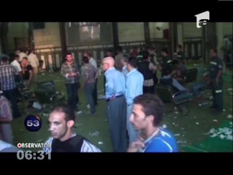 O moschee din Cairo a fost evacuata in urma unor schimburi de focuri