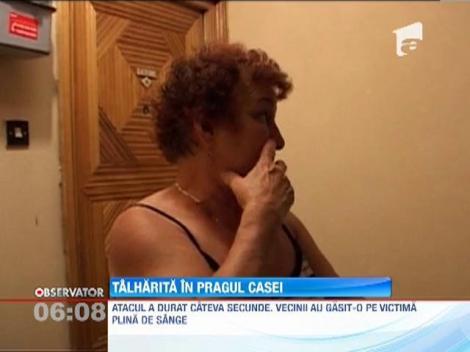 O batrana a ajuns la spital mai mult moarta dupa ce a fost talharita in pragul casei de un individ mascat