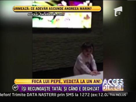 Maria, fiica lui Pepe este in culmea fericirii atunci cand isi aude tatal cantand la televizor
