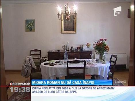 Mioara Roman nu renunta la vila din Primaverii: Fiica ei, Catinca, i s-a alaturat in lupta cu RAAPPS