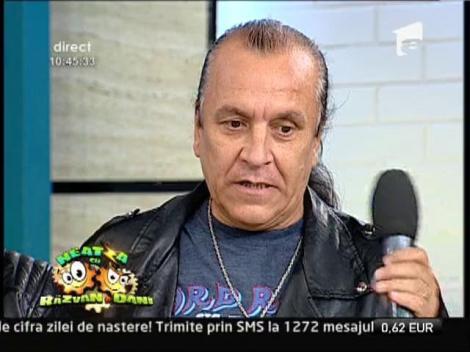 "Premiera la ""Neatza""! IRIS continua legenda: Rafael, noul solist al trupei, isi traieste visul ""rock"""