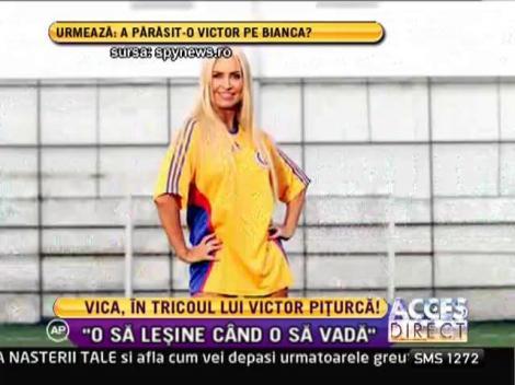 Vica Blochina, incredibil de sexy în tricoul lui Victor Pițurcă