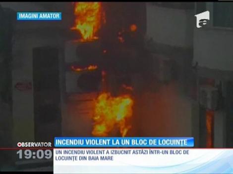 Incendiu violent la un bloc de locuinţe din Baia Mare