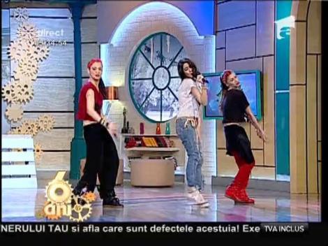 """Andrada Popa - """"1,2,3"""""""