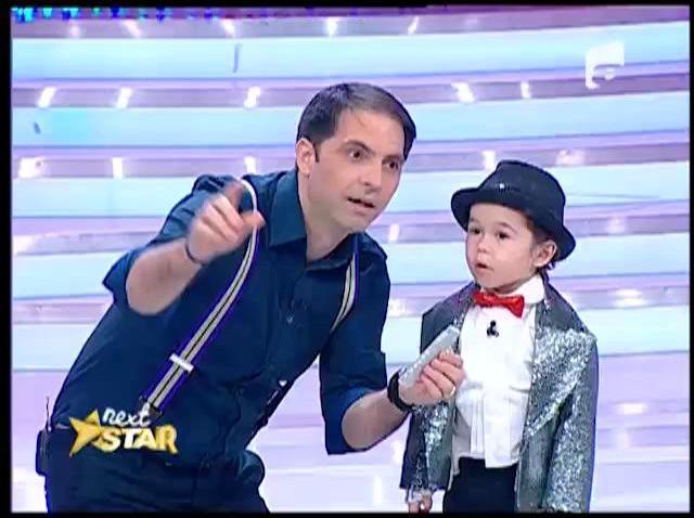 FABULOS! Aşa arată Michael Jackson la trei ani! Vă amintiți de micuțul David care... măsura un metru cu tot cu pălărie?