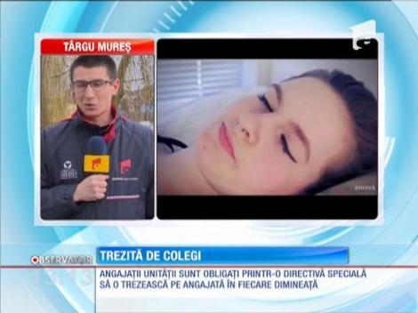 O angajată din Botoşani este trezită de colegi