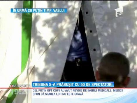 Opt copii au fost răniţi uşor, după ce tribuna unui circ ambulant din Vaslui s-a prăbuşit