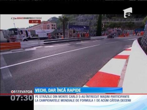 Peste o sută de maşini s-au întrecut pe străzile din Monte Carlo! Cea mai nouă are peste 40 de ani, iar cea mai veche 90