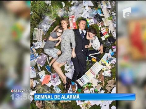 Şedinţă foto inedită, în gunoi