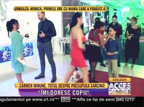 """Carmen, fiica lui Adrian Minune: """"Nu sunt însărcinată!"""""""