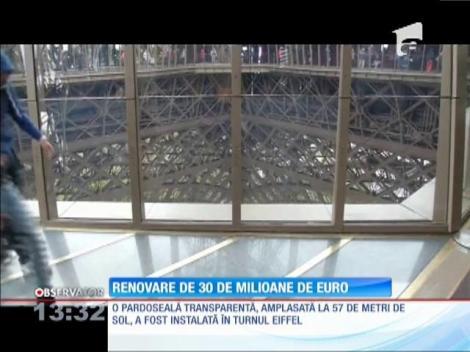 Pardoseală transparentă, amplasată la 57 de metri de sol, a fost instalată în Turnul Eiffel