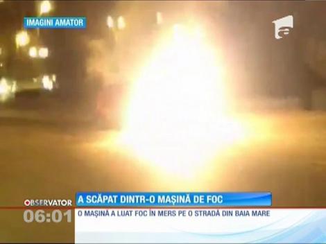 O maşină a luat foc în mers, aseară, pe o stradă circulată din Baia Mare