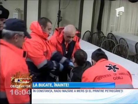 Românii au încărcat mesele, de 1 Decembrie!