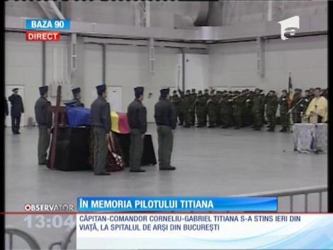 Ceremonie în memoria lui Corneliu-Gabriel Titiana, pilotul elicopterului militar prăbuşit la Sibiu