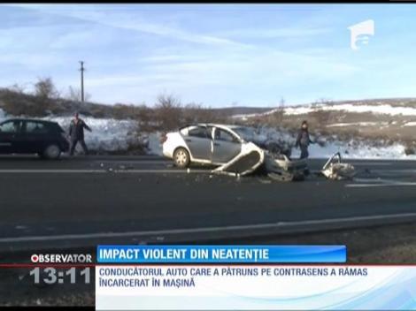 Accident cu descarcerare pe şoseaua dintre Turda şi Cluj Napoca