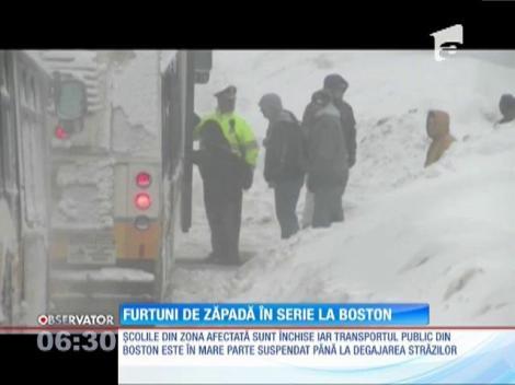 Furtuni de zăpadă în serie la Boston