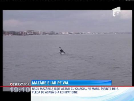 După o noapte în arest, Radu Mazăre s-a întors la vechile sale pasiuni. Primarul a ieşit cu caiacul pe mare