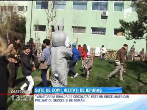 Sute de copii din Constanţa au pornit la o vânătoare de ouă