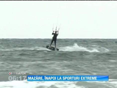 Radu Mazăre nu renunță la vechile obiceiuri. Fostul edil a început weekend-ul cu zmeul pe mare