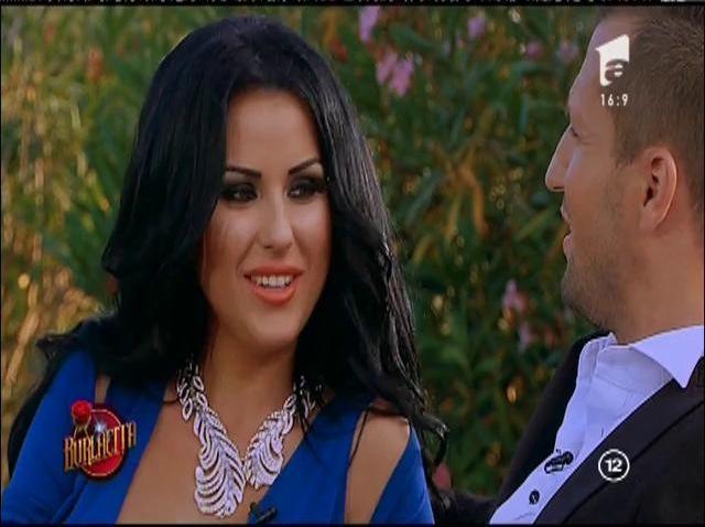 """Daniela Crudu, cucerită de Valentin!? """"Vino mai aproape! Vreau să-ți simt parfumul care mă înnebunește!"""""""