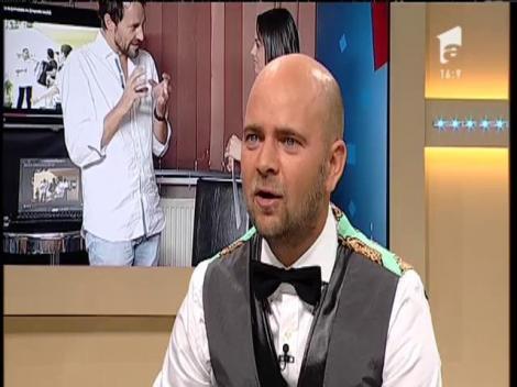 Culise: Carmen Simionescu se pregătește să devină Adrian Minune