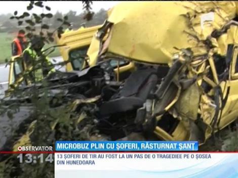 13 şoferi de TIR au fost la un pas de o tragedie pe o şosea din Hunedoara