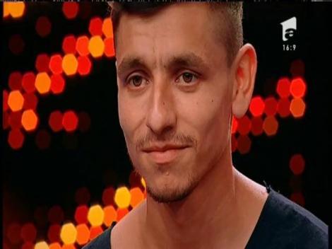 Poate a treia oara va fi cu noroc! Alexandru Moise, eliminat din nou de la X Factor!