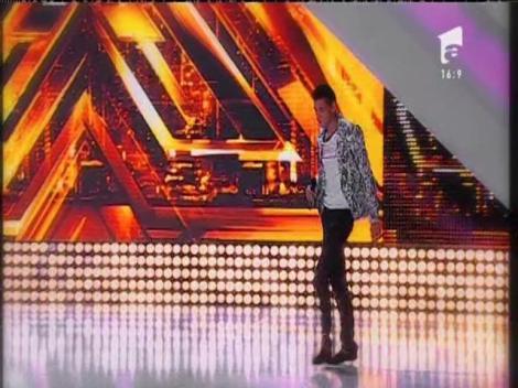 """Alexandru """"nu fi prost"""" Moise a revenit pe scena de la X Factor"""