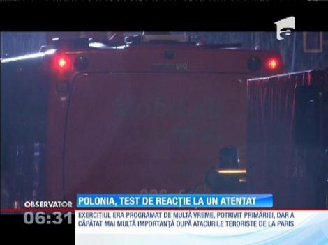 Simularea unui atac chimic, organizată în metroul din Varşovia