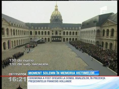 """La Paris, moment solemn în memoria victimelor din """"vinerea neagră"""""""