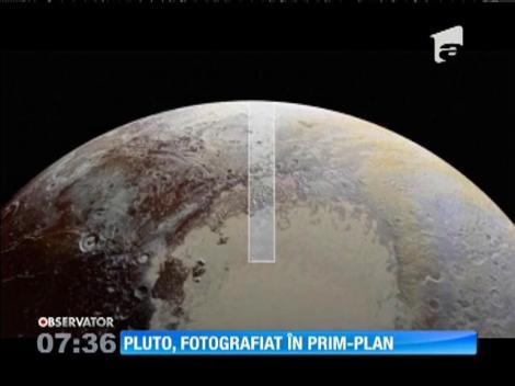 """NASA a dat publicităţii noi imagini detaliate ale """"planetei pitice"""" Pluto"""