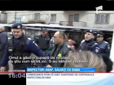 Inspectori ANAF, salvați de jandarmi