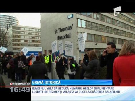Medicii rezidenţi din Marea Britanie, în grevă generală